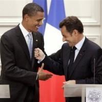 Barack Obama, Nicolas Sarkozy in un Malinteso di segnali culturali.